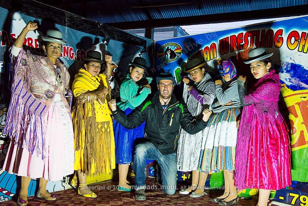 la-paz-bolivia-cholitas-wrestling-iberova-myroadsmobi (3)