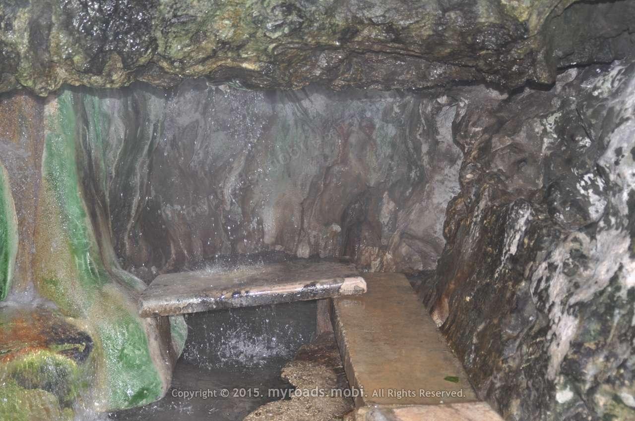 hot-mineral-spring-waterfalls-jordan-myroadsmobi (6)