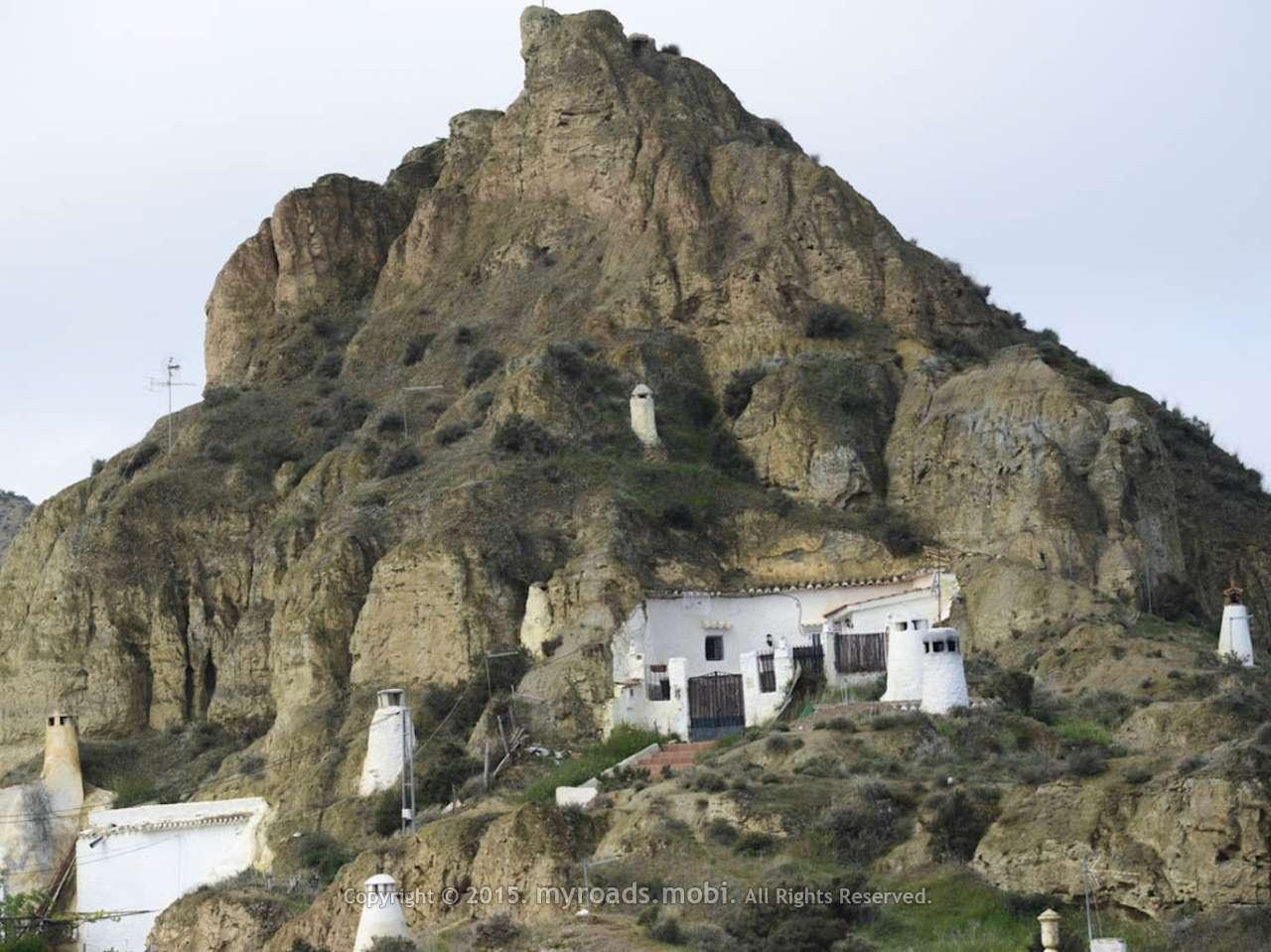 guadix-cave-home-spain-ivelina-berova (26)
