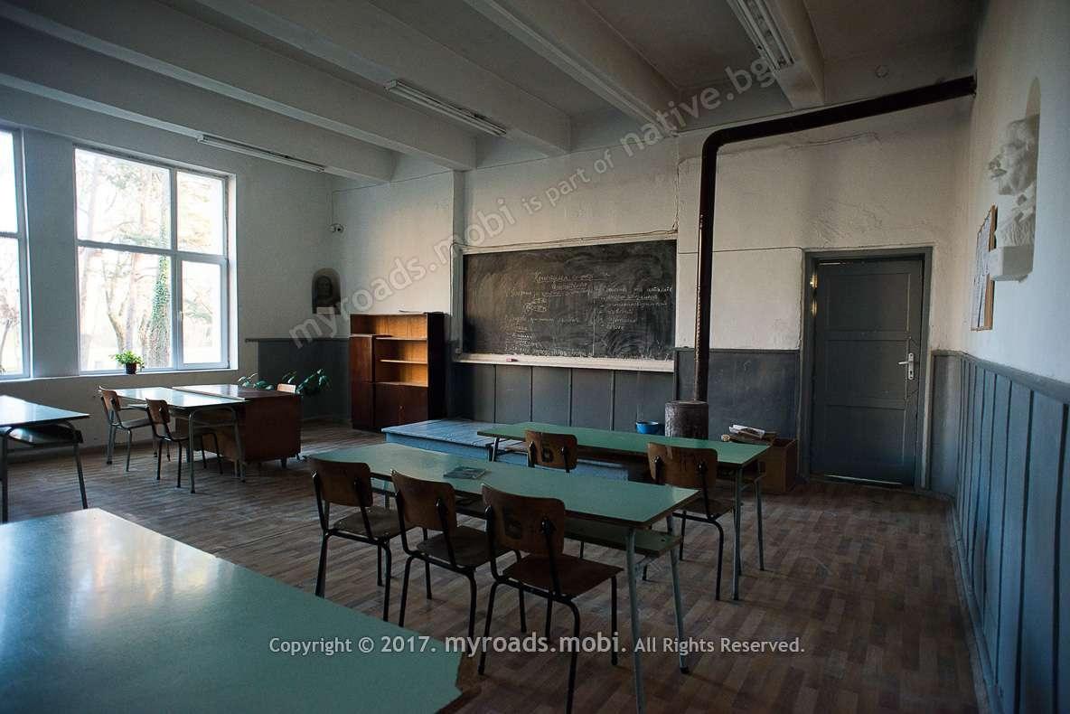 kamenodelno-kunino-stonemason-school-ivelina-berova- (7)