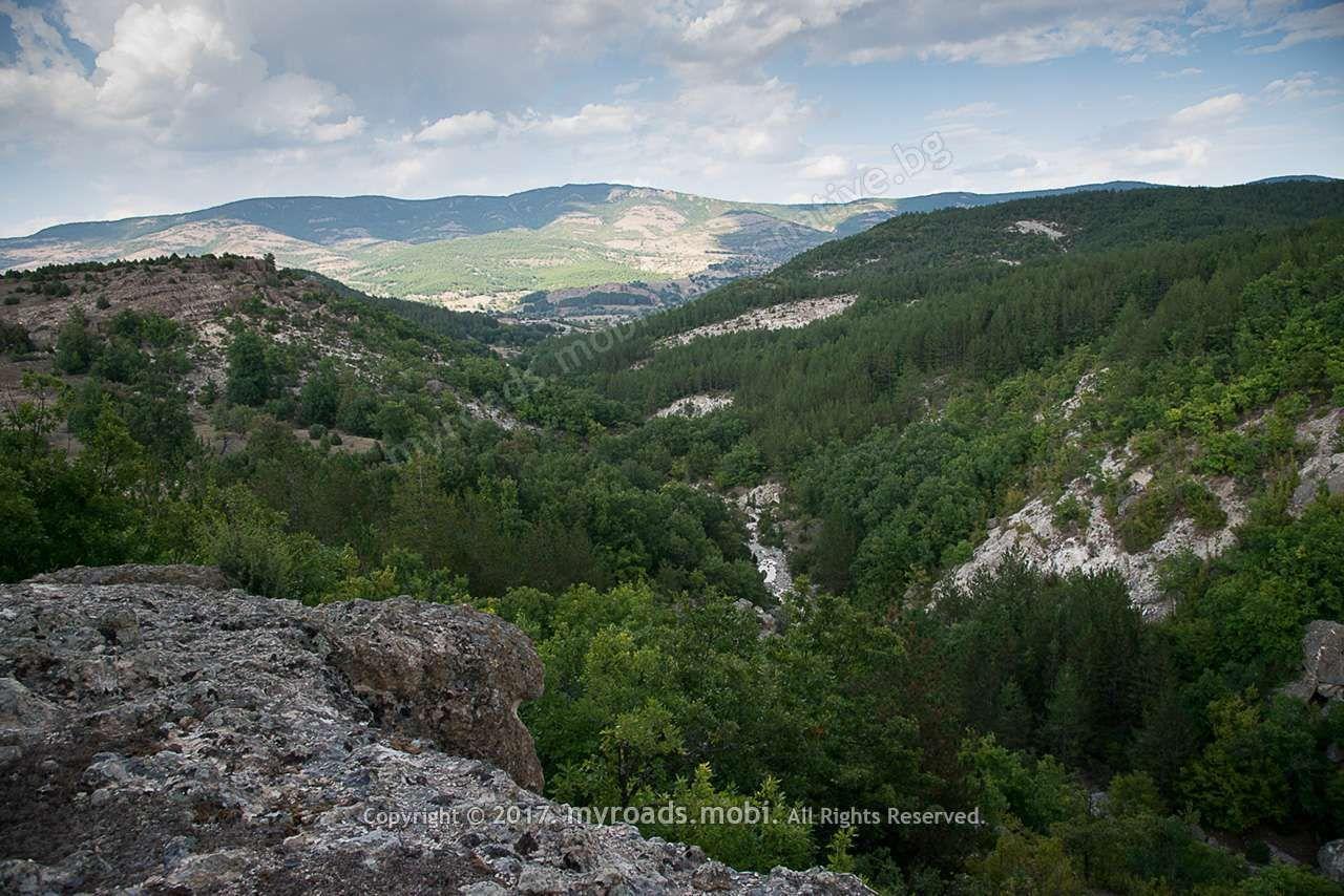 vkamenena-gora-iberova-myroadsmobi (28)