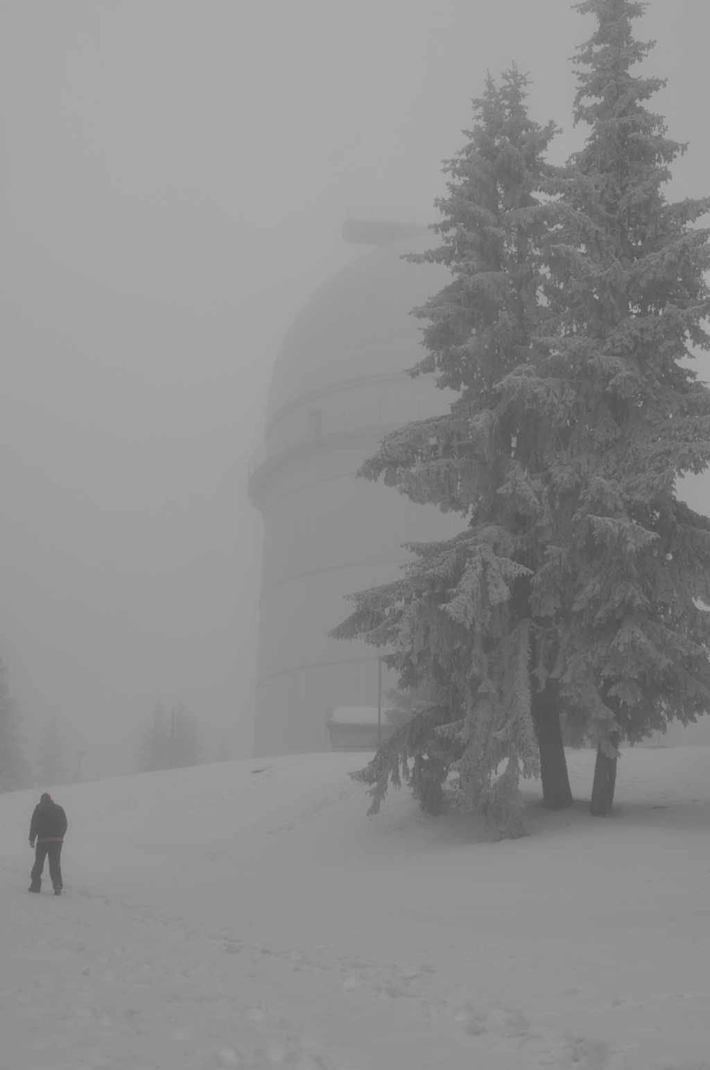 Национална астрономическа обсерватория РОЖЕН