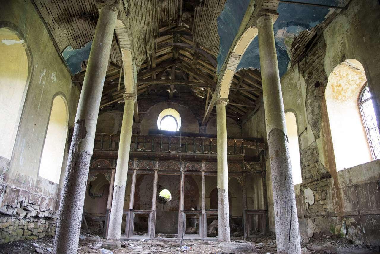 Село Агатово и неговият храм – паметник на безхаберието.