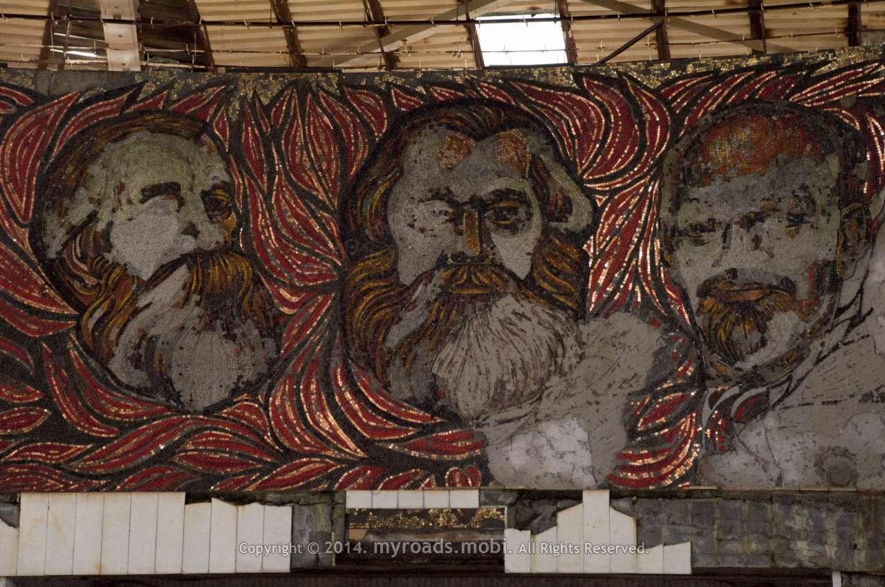 Монументът на Бузлуджа – най-големият паметник на социализма в България