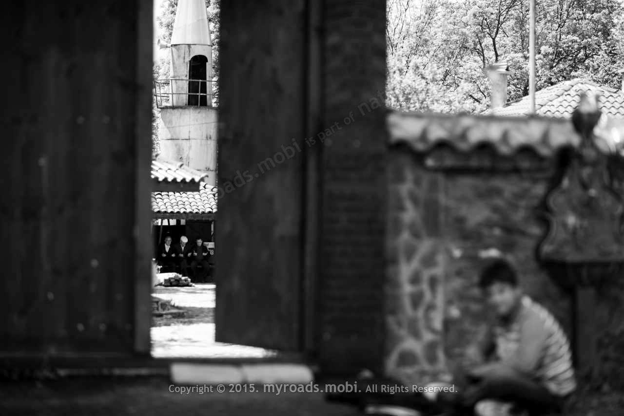 Село Подкова – легенда за любов, вяра и история за едно посещение в дървената джамия