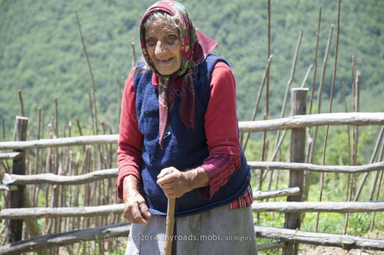 102-годишната баба Велика от Родопите