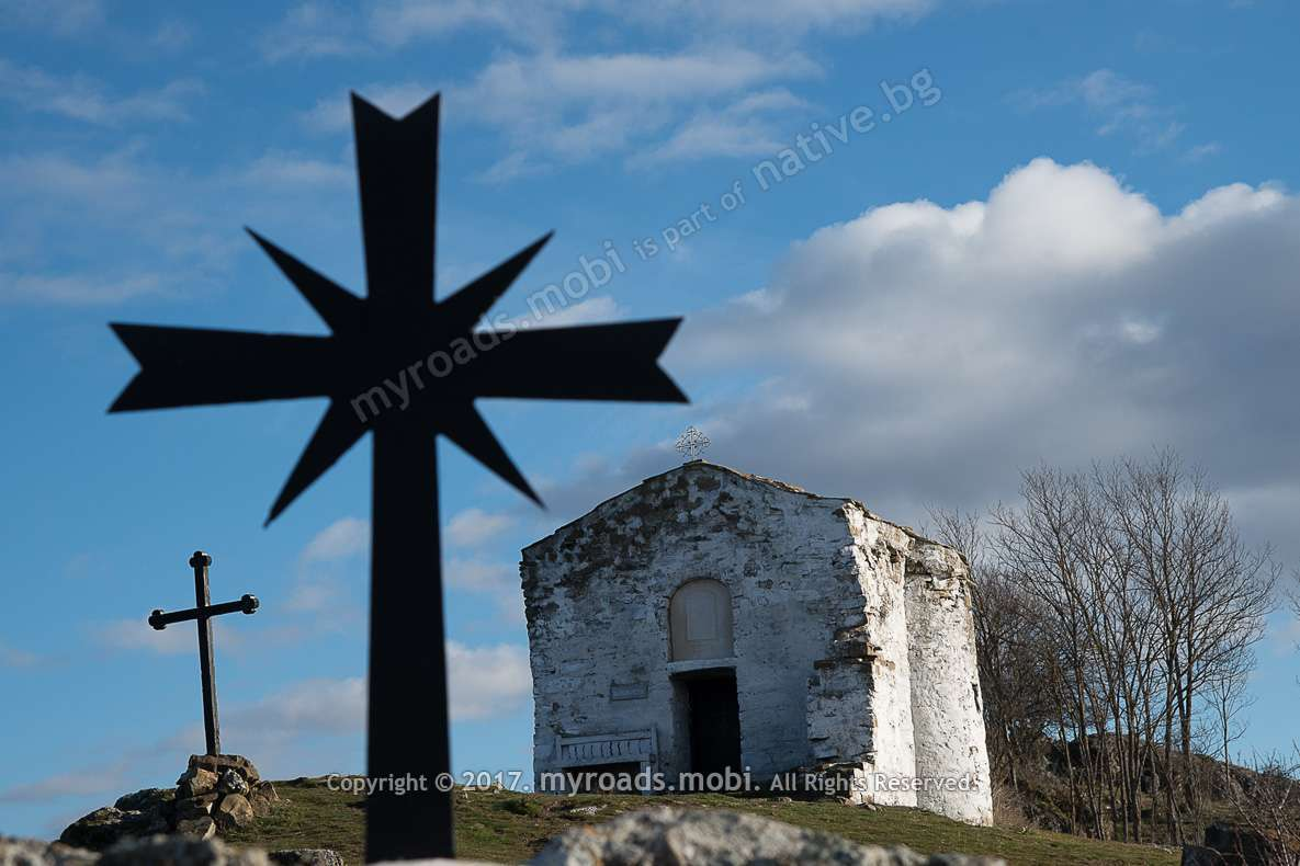 paraklis-pchelinci-church-ivelina-berova-myroadsmobi-9