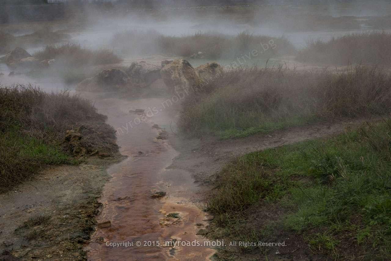 Минералните извори до Рупите – живот в 75 градуса по Целзий