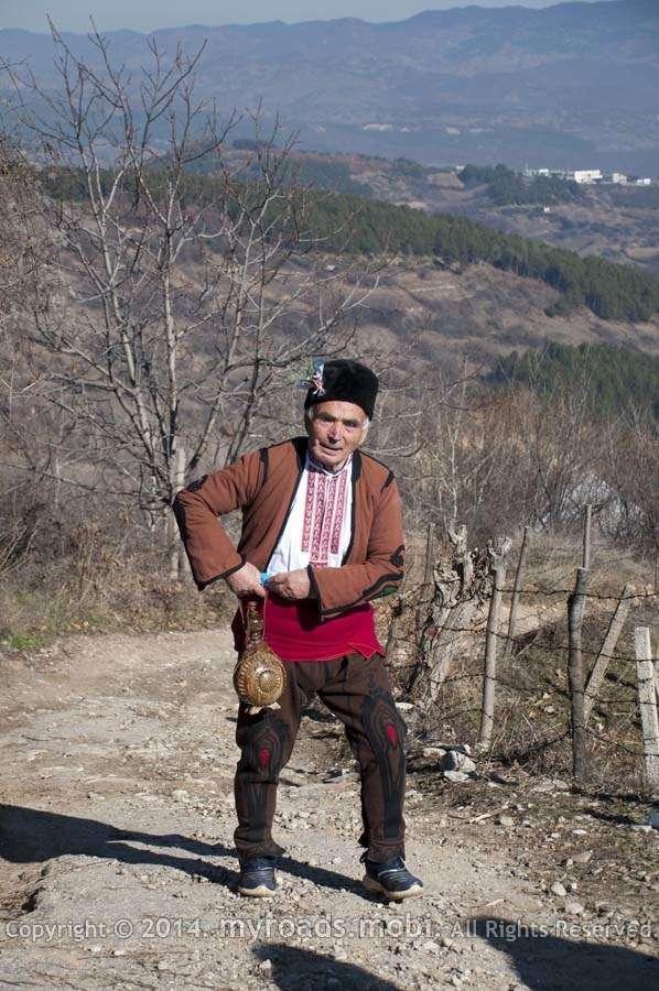 Трифон Зарезан, обредно зарязване на лозето в село Делчево