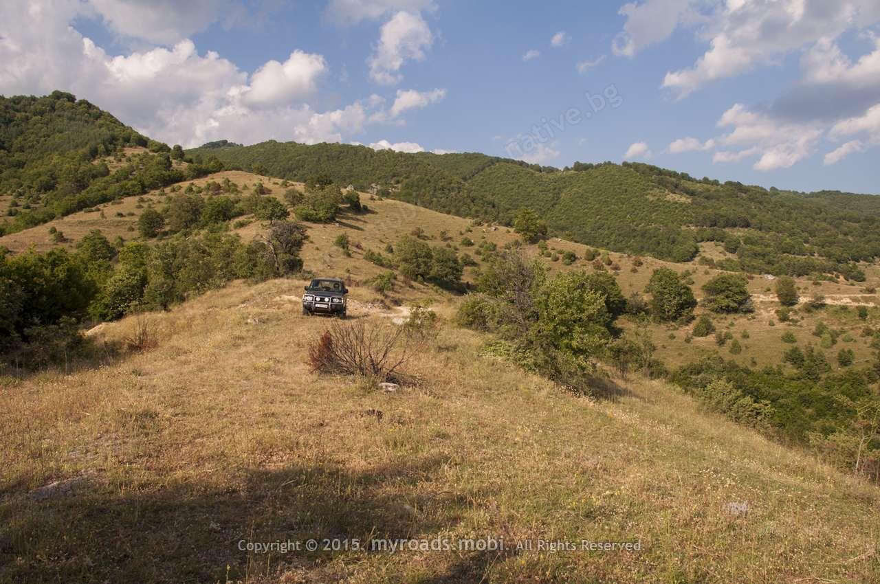От село Пирин до Роженския манастир – разходка из гънките на югозападна Пирин планина