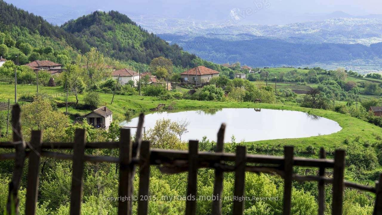 Село Самокитка – след дъжд – усмивка